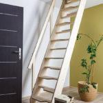 Escada Estacionada / Miller